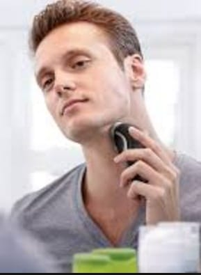 Tips For Shaving Your Neck With An Electric Razor
